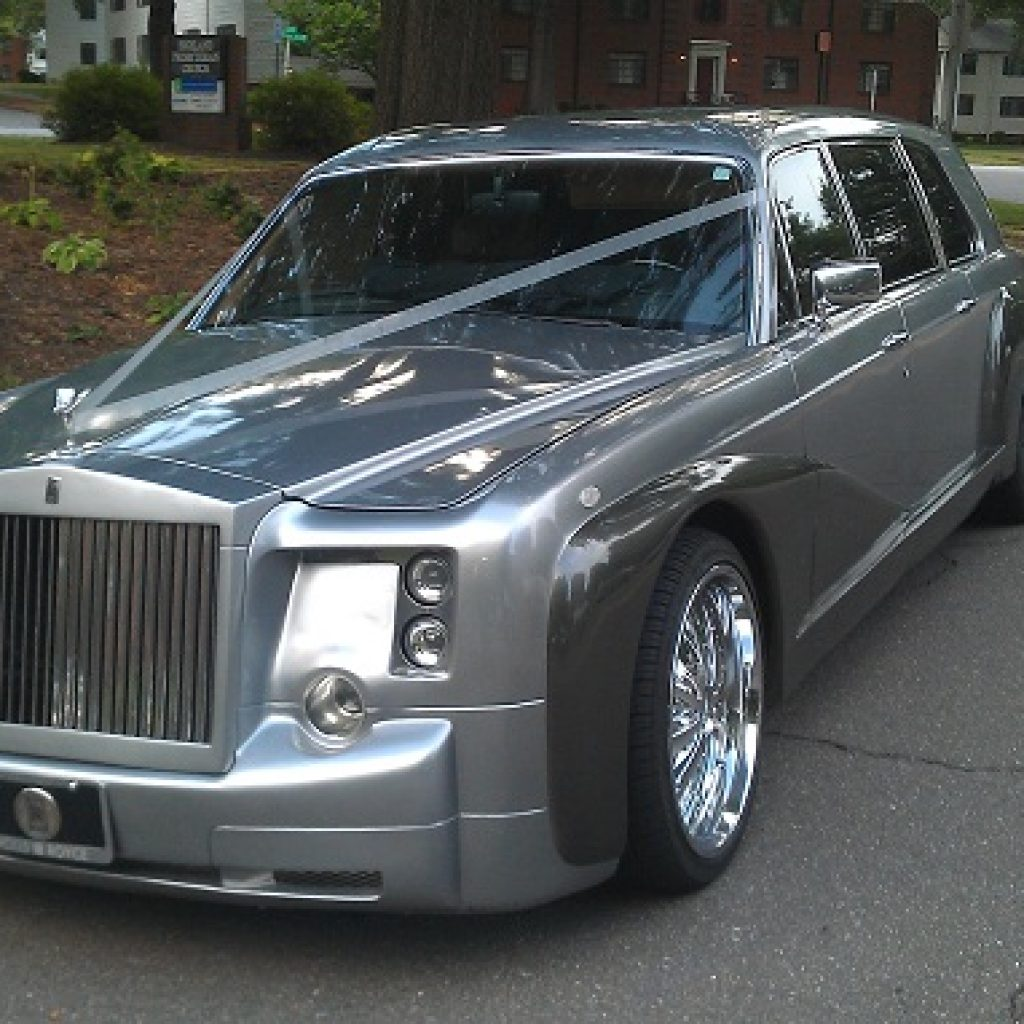 Supercar Duo Luxurycorp Rollsroyce: The Royal Rolls Royce Phantom