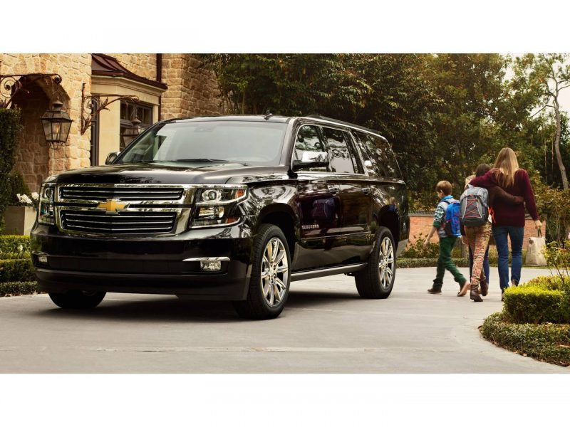 https___api.thedrive.com_wp-content_uploads_2018_12_2018-chevrolet-suburban-001